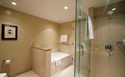 Hk Bath Tub 2