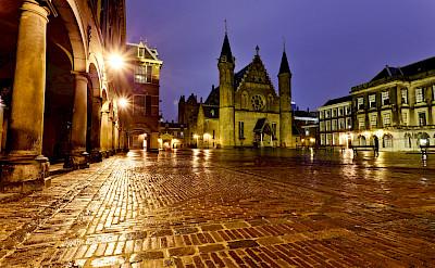 Binnenhof in den Haag (the Hague) in the Netherlands. Flickr:Sander van der Wel
