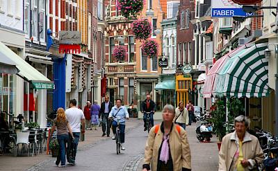 Kleine Houtstraat shopping street in Haarlem, the Netherlands. CC:Marek Slusarczyk