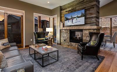 Tbo Living Room Hires