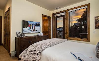 Tbo Queen Bedroom Hires