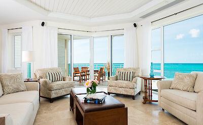 Wbc Gallery Room Oceanfront Luxury One Bedroom Suite