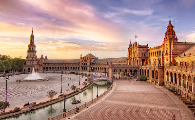 Plaza de Espana in Sevilla, Spain. Flickr:Francisco Colinet