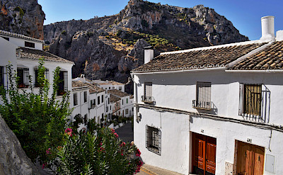 White village of Zuheros de la Sierra, Andalusia, Spain. Flickr:Jocelyn Erskine-Kellie