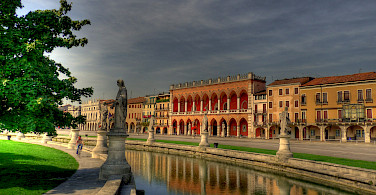 The famous Prato della Valle in Padova, Italy. Photo via Flickr:Andrea Osti