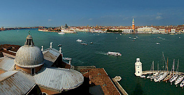 View over the waters surrounding Venice. Photo courtesy of Wikimedia Commons:Tango7174