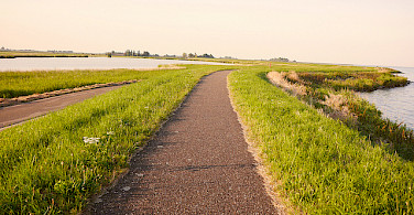 Biking around the IJsselmeer, the Netherlands. Photo via Flickr:Franklin Heijnen