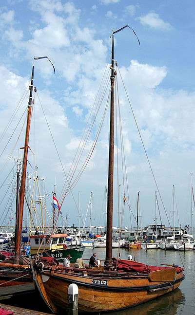 Harbor in Volendam, North Holland, the Netherlands. Flickr:taqpets