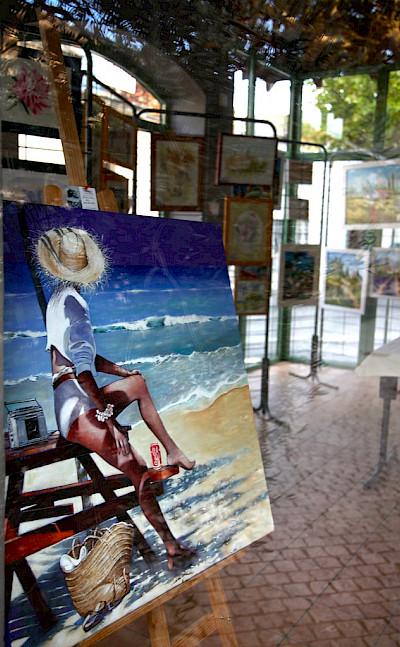 Art for sale in Maussane-les-Alpilles, France. Flickr:Torbak Hopper