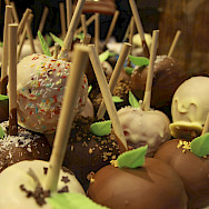 Chocolate apples on Marienplatz in Munich, Germany. Photo via Flickr:James