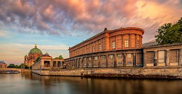 Old National Gallery in Berlin, Germany. Wikimedia Commons:Marek Heise Fotografie