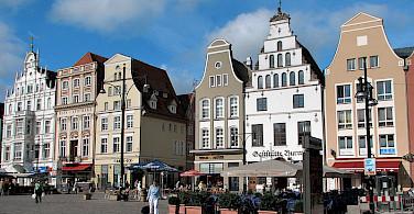 Shopping at Rostock Marktplatz, Rostock, Germany. Creative Commons:Darkone