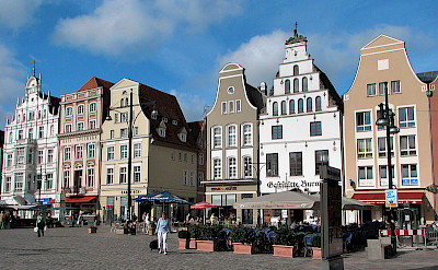 Shopping at Rostock Marktplatz, Rostock, Germany. Creative Commons:Darkone