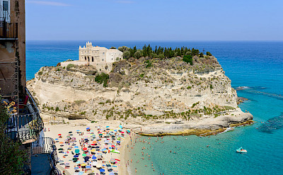 Santa Maria Dell'Isola, Tropea, Calabria, Italy. Photo via Wikimedia Commons:Norbert Nagel