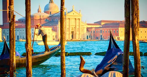 Gondola ride in Venice, Veneto, Italy. Photo via Flickr:Moyan Brenn