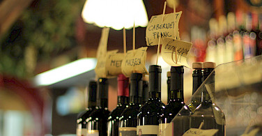 Wine tasting in Venice, Veneto, Italy. Photo via Flickr:Michela Simoncini