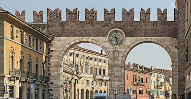 <i>Portoni della Bra</i> in Verona, Italy. Photo via Flickr:Didier Descouens