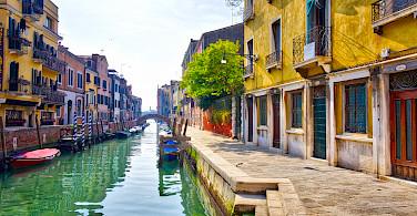 Venice's water streets, Veneto, Italy. Photo via Flickr:Sergey Galyonkin