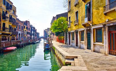 Venice's water streets, Veneto, Italy. Flickr:Sergey Galyonkin