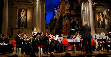 Concert in Vicenza, Italy. Photo via Flickr:Maurosartori