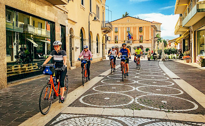 Biking the Bolzano to Verona Bike Tour in Italy. ©Photo via TO