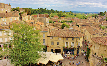 Saint-Émilion is a UNESCO World Heritage Site. Photo via Flickr:traveljunction