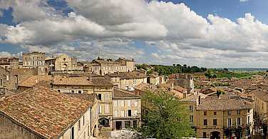 Panorama in Saint Emilion, France. Photo via Wikimedia Commons:Didier Descounens