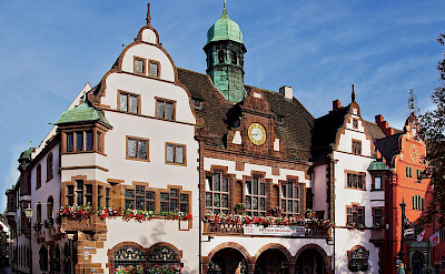 Neues Rathaus in Freiburg, Germany. Photo via Wikimedia Commons:Jeorgens.mi