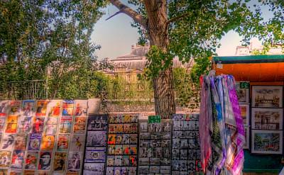 Souvenirs along the Seine River, Paris, France. Flickr:alainlm
