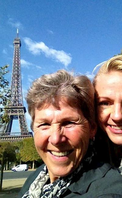 Tripsite's Hennie & Carla in Paris!