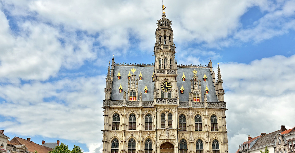 Medieval Gothic City Hall in Oudenaarde, Belgium. ©TO