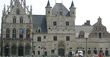 Town Hall in Mechelen, Belgium. Photo by Jean Tosti via Wikimedia Commons