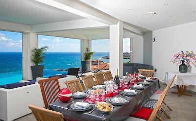 Villa Outside Dining