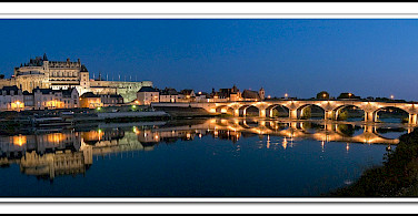 Beautiful Amboise in ever-enchanting France! Flickr:@ lain G