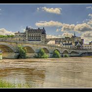 Château d'Amboise along the Loire River in France. Flickr:@lain G