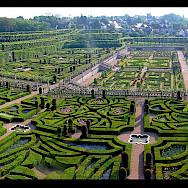 Château de Cheverny and gardens in the Loire Valley, France. Flickr:Vasse nicolas,antoine