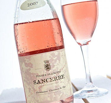 Sancerre Rosé Wine is grown in the Loire Valley. Creative Commons:THOR