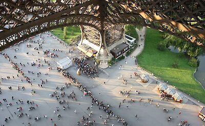 Eiffel Tower in Paris, France. Flickr:Rous