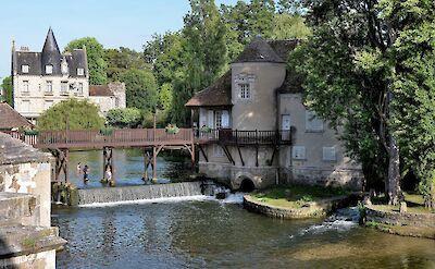 Moret-sur-Loing, Burgundy, France. Flickr:Patrick