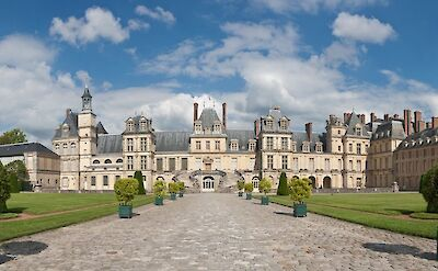 Palace of Fontainebleau in Burgundy, France. Flickr:UltraView Admin