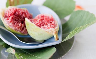 Fresh figs in Greece! Flickr:Lisa Murray