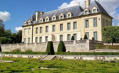 Château de Léry in Auvers-sur-Oise, France. CC:P.poschadel