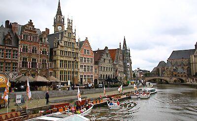 Boat race in Ghent, East Flanders, Belgium. Flickr:Alain Rouiller