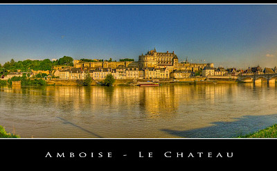 Along the Loire River, beautiful Chateau d'Amboise. Flickr:@lain G