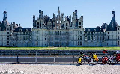 The largest château in the Loire Valley is Chambord. Flickr:Milestone Rides