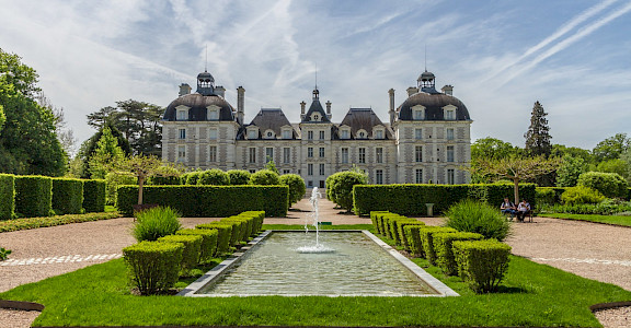Château de Cheverny in department Loir-et-Cher, France. Flickr:Benh LIEU SONG
