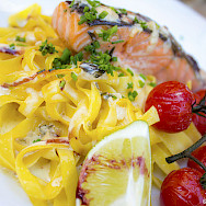 Pasta and salmon in France. Flickr:BE Chua