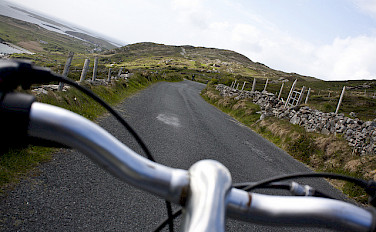 Cycling Galway County, Ireland. Photo via Flickr:Stephanemoussie