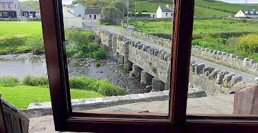 Bridge in Doolin, Ireland. Flickr:Alex Ranaldi