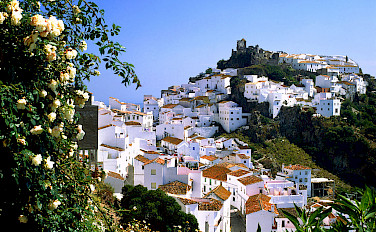 Mountain village of Casares, Málaga, Andalusia, Spain. Photo via Flickr:miquitos